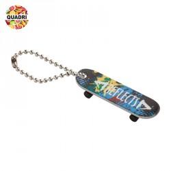 Porte-clés skateboard en métal  personnalisé